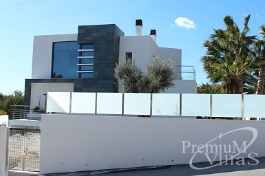 Soci t de construction et travaux en b timent calpe altea for Maison moderne high tech